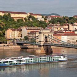 El Sinfonía delDanubio sale desde Viena y navega por el Danubio en el Avalon Luminary.