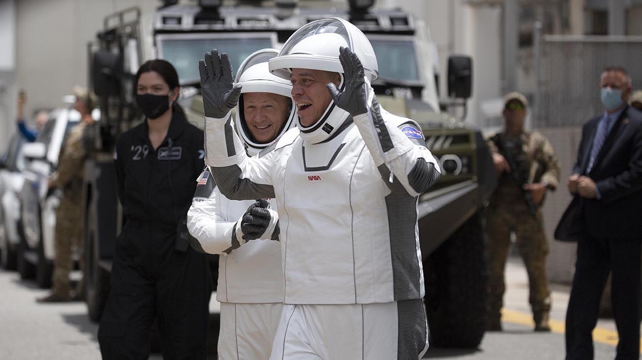 lanzamiento de SpaceX,austronautas: Hurley y Behnken.