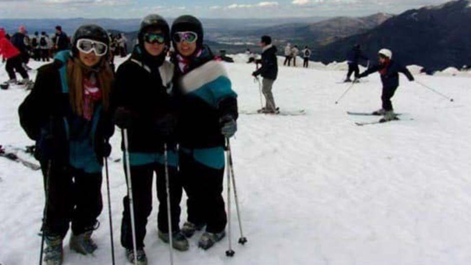 El turismo estudiantil en la ciudad de Bariloche ha dejado de ser exclusividad para los jóvenes argentinos que desde hace décadas la eligen para su viaje de egresados,