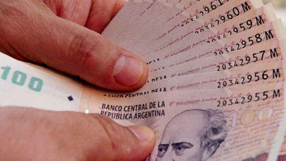Billetes de 100 pesos.