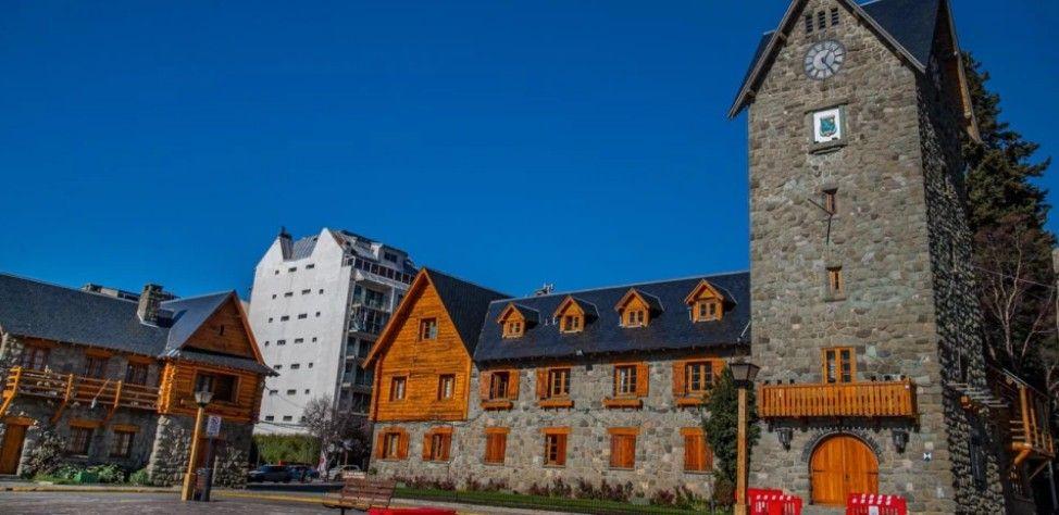 Bariloche se pone a punto para recibir los turistas ni bien se levante la cuarentena.