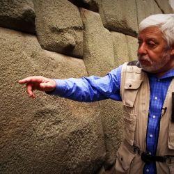 El periodista mexicano Jaime Maussan comenzó en 2017 una investigación científica sobre los orígenes de las nueve momias halladas en Nazca, Perú.