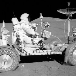 El Rover Lunar permitió explorar grandes distancias de la superficie lunar.