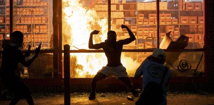 Disturbios en Minnesota por la muerte de George Floyd a manos de la Policía. POLÍTICA INTERNACIONAL Carlos González / TNS a través de ZUMA Wir / DPA