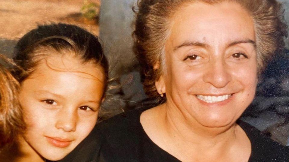 Pampita y su abuela Perla