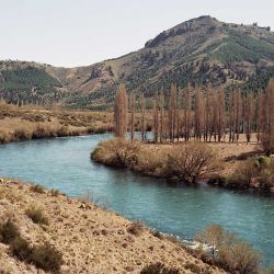 Este fin de semana crecerá el nivel del río Limay aguas abajo de las presas porque, al acercarse el invierno, hay una mayor demanda de energía eléctrica.