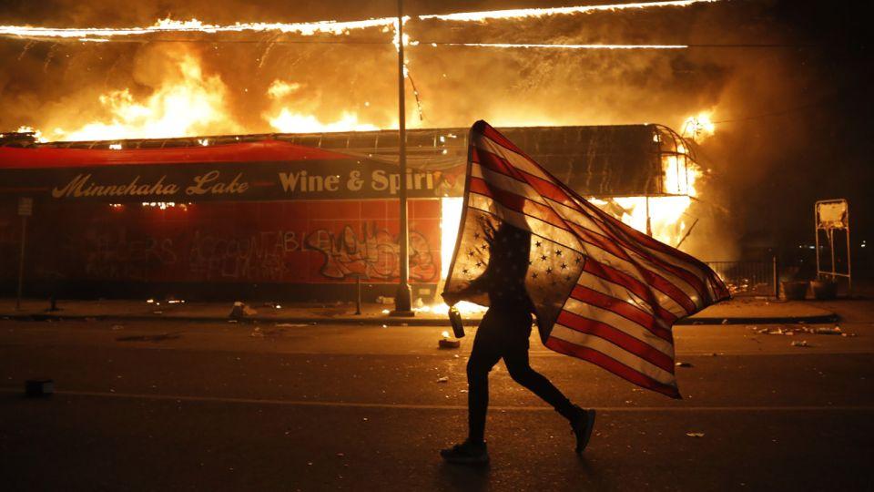 protestas en Minneapolis por la muerte de Ge0rge Floyd