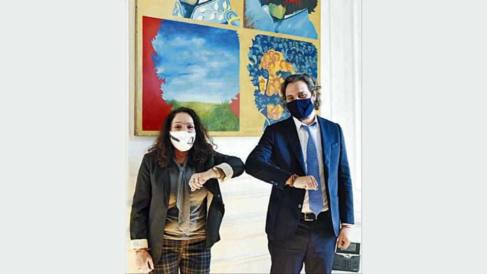 Codo a codo. Antes de presentar la denuncia judicial contra el macrismo, Cristina Caamaño recibió el ofrecimiento de Santiago Cafiero para quedar como directora de la ex SIDE al finalizar la intervención.