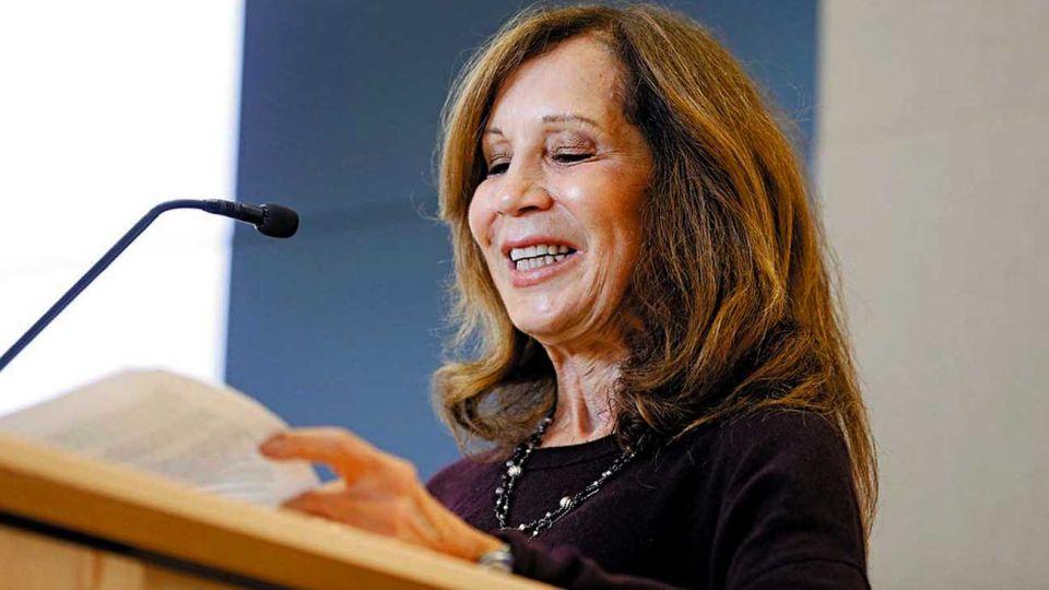 Gina Kolata. Periodista científica que estudia los finales de las pandemias en la historia.