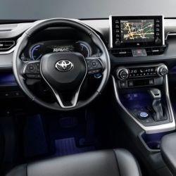 Todas las versiones de RAV4 Hybrid están equipadas con siete airbags.