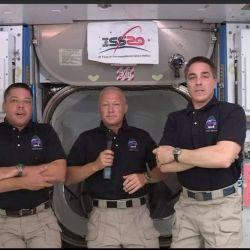 Chris Cassidy, Bob Behnken y Doug Hurley respondieron a las preguntas de la prensa desde la Estación Espacial Internacional.