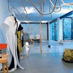 La arquitectura fue su primera gran pasión, eclipsada luego por el diseño de moda.