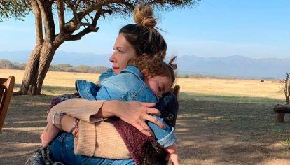 La insólita reacción de la hija de Isabel Macedo cuando ella le pide un beso