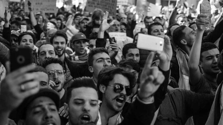 marcha-manifestacion-pueblo