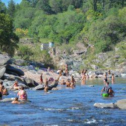 Pronto podremos volver a disfrutar de los ríos de Córdoba como muchos turistas lo hicieron el verano pasado.
