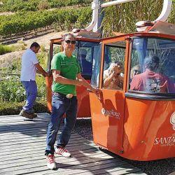 Sendos teleféricos nos permitieron hermosas vistas de los viñedos del Valle Colchagua.