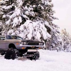 En Estados Unidos, tierra de los monsters truck, no es raro toparse con vehículos realmente insólitos.
