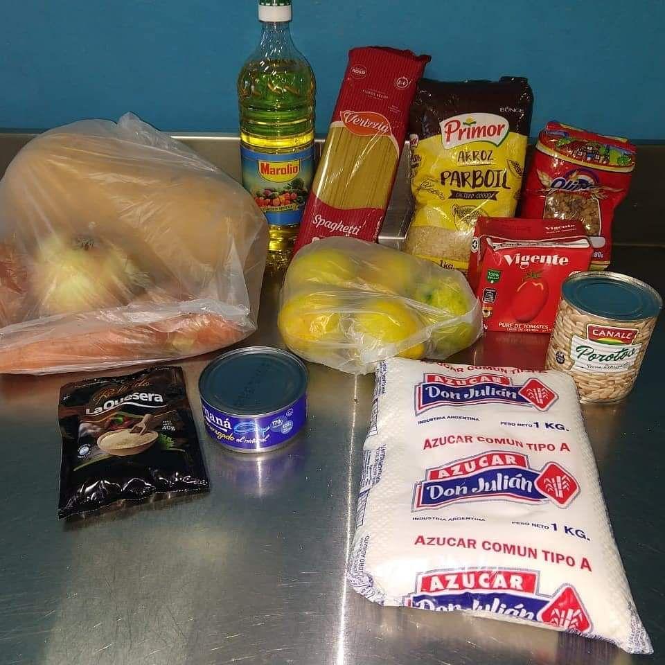 El gobierno reparte desayunos, almuerzos y refrigerios