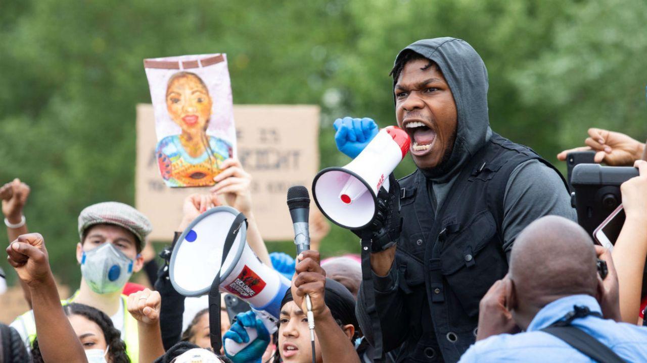 John Boyega protestó contra el racismo con un impactante discurso