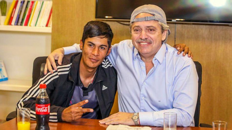 Alberto Fernández con Brian Gallo