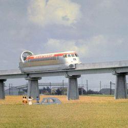 En 1974 el Aerotrain rompió el récord de velocidad más alto conseguido por un vehículo sobre rieles: 430,4 km/h.