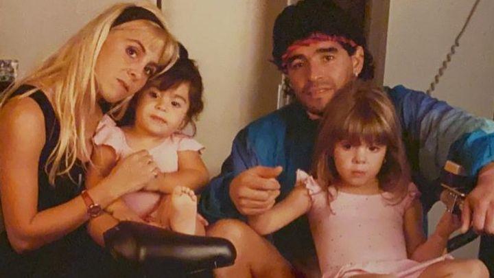 El emotivo posteo de Gianinna Maradona a sus padres, Diego y Claudia, y a su hermana