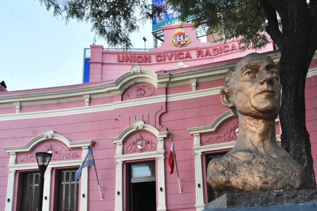 DISPUTAS:pujas entre sectores internos por la renovación de autoridades pese al nuevo cronograma electoral del partido