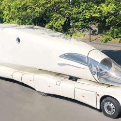 El motorhome se presentó en 2012 en Alemania, en la feria MobiliTec, donde sorprendió a los presentes por su osado diseño.