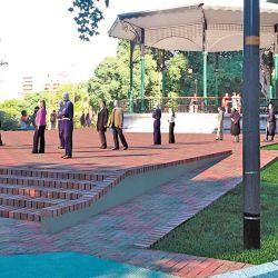 Sector parquizado de las barrancas de Belgrano y su famosa glorieta que data de 1910.