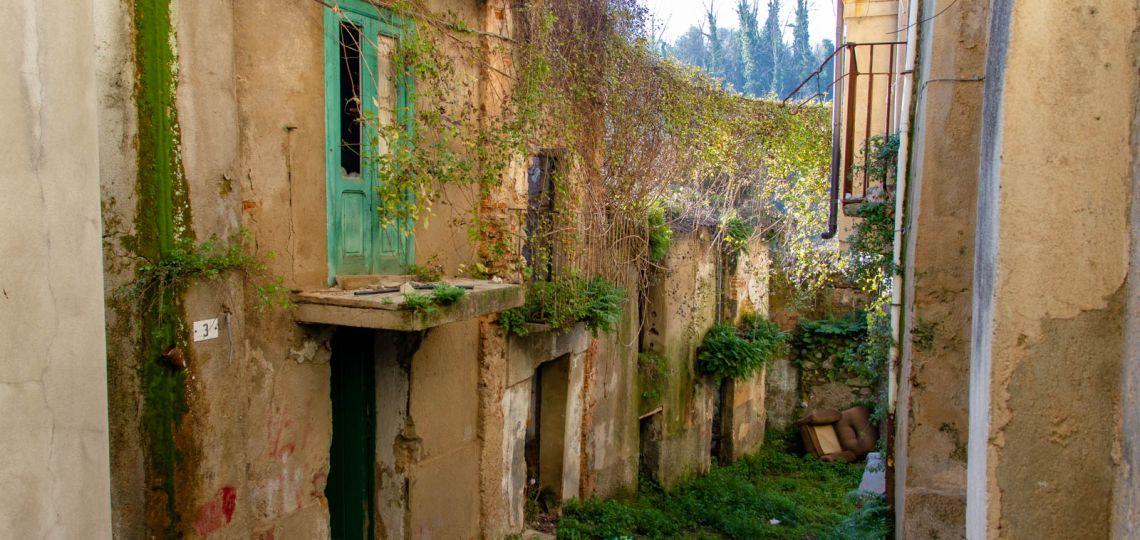 """Una comunidad italiana """"libre de coronavirus"""" vende casas por un euro"""