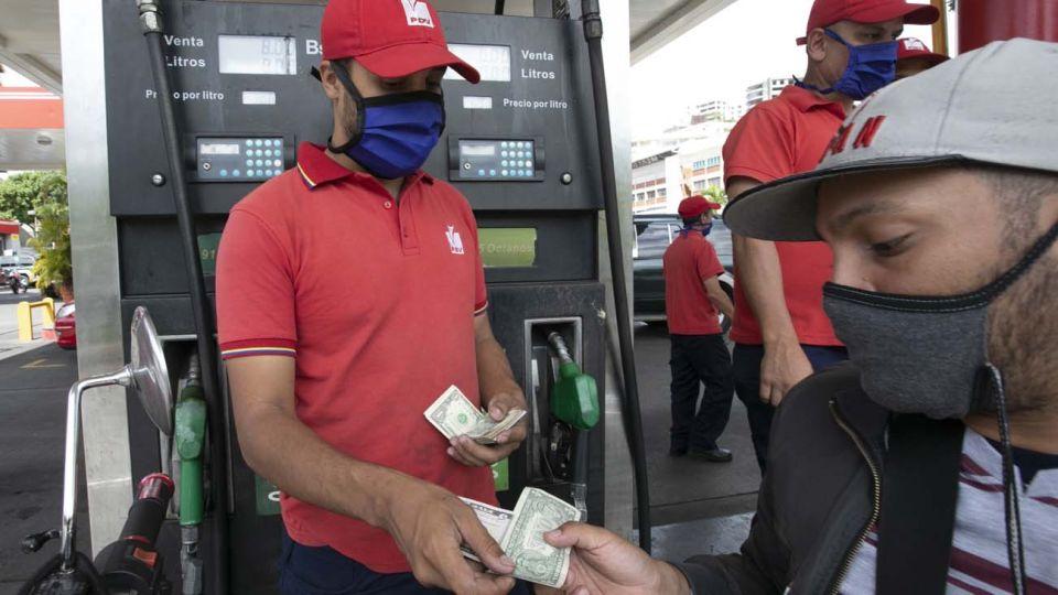 Venezuela falta de combustible amenaza con hambruna