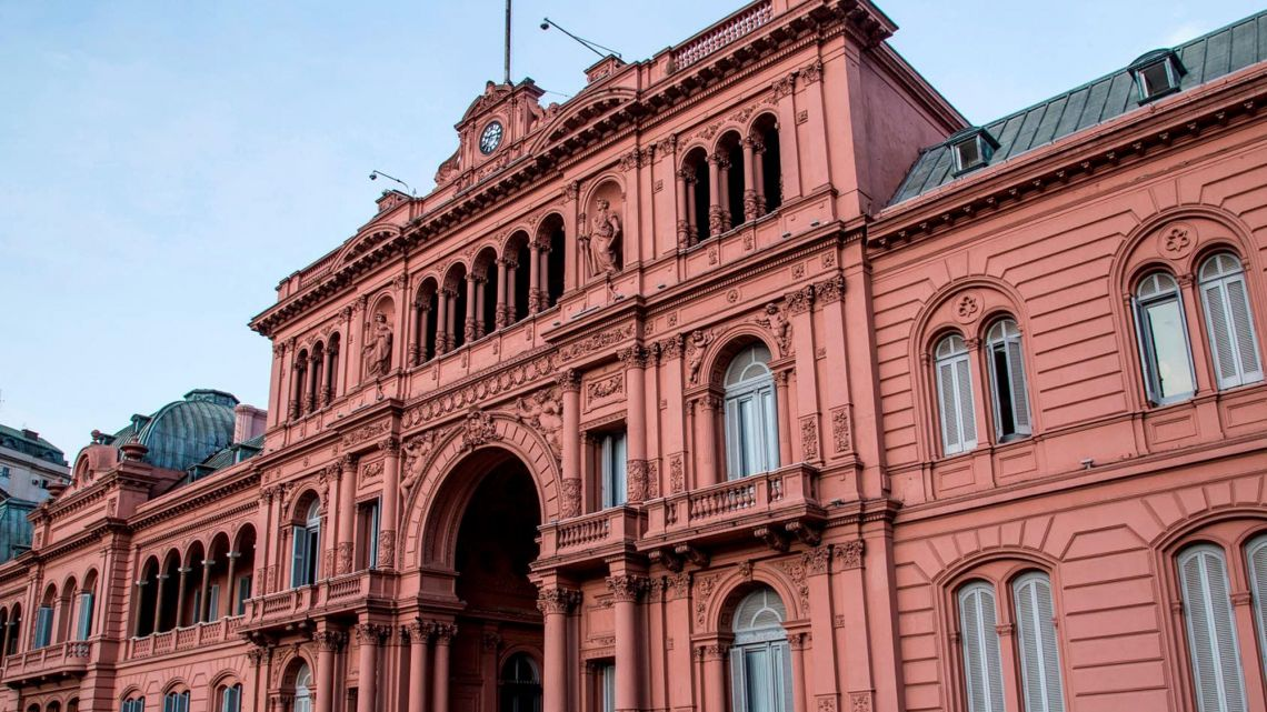 The Argentine government is still working on a debt agreement.