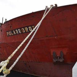 Este será el barco que hoy hundirán en Las Grutas, Río Negro.