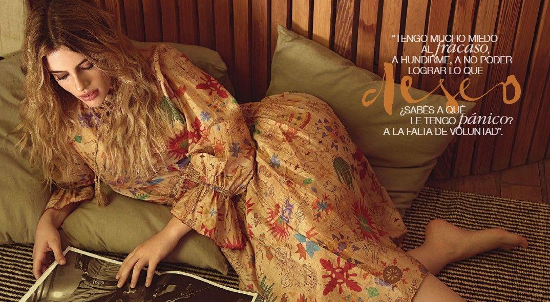 La cantante lanzó su single en castellano, Lloro.