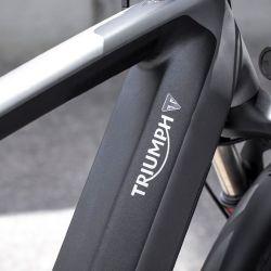 La bicicleta está montada sobre un cuadro de aluminio, en cuyo interior se encuentra la batería.