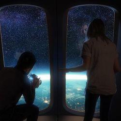 Los turistas irán dentro de una cápsula especial, bautizada Neptuno, la cual tiene forma cónica y contará con ventanas en 360 grados, bar, baño y hasta W-Fi.