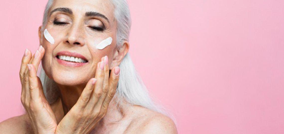 Piel madura: claves de make up para potenciar la apariencia del rostro