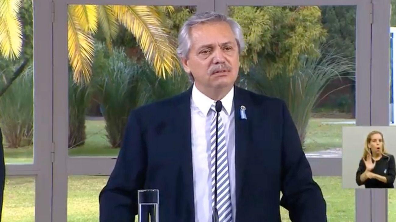 Alberto Fernández durante su discurso por el Día de la Bandera.