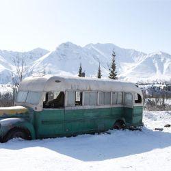 Así estaba desde los años '40 el micro en las cercanías del Parque Denali en Alaska.