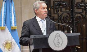 Felipe Solá stock