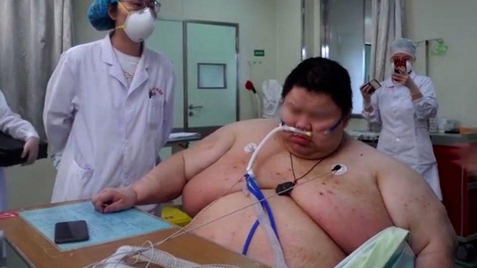 Engordó 100 kilos en la cuarentena y ahora es el más pesado de Wuhan 20200624
