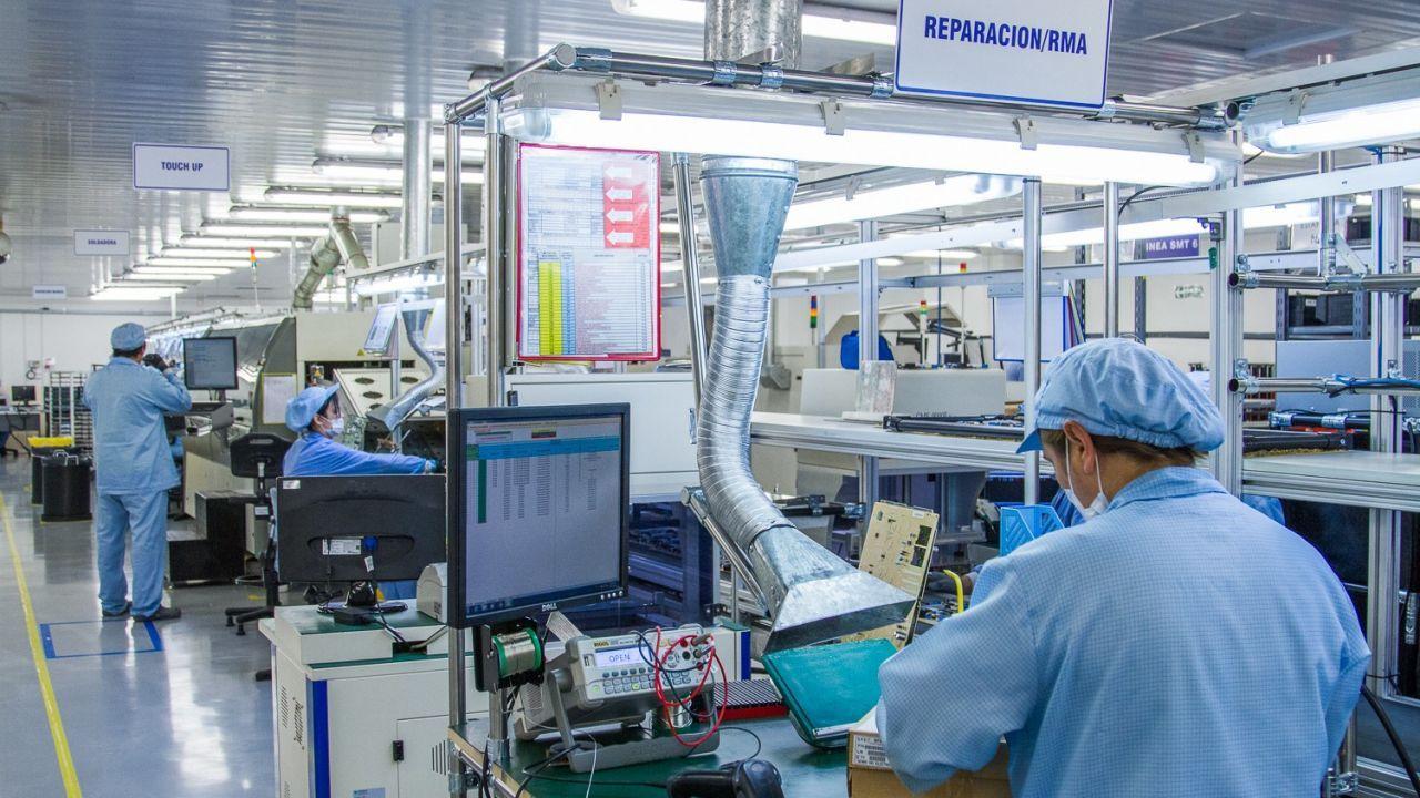 Cómo es la fábrica que produce respiradores para el Estado, de la que es socio Nicolás Caputo
