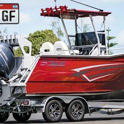 Los vehículos destinados al traslado de pequeñas embarcaciones deportivas pueden ser de categoría 01. Las de mayor envergadura requerirán categorías  02 o 03, según el peso.