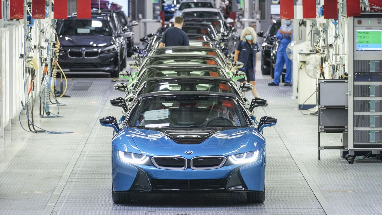 BMW fired the last i8
