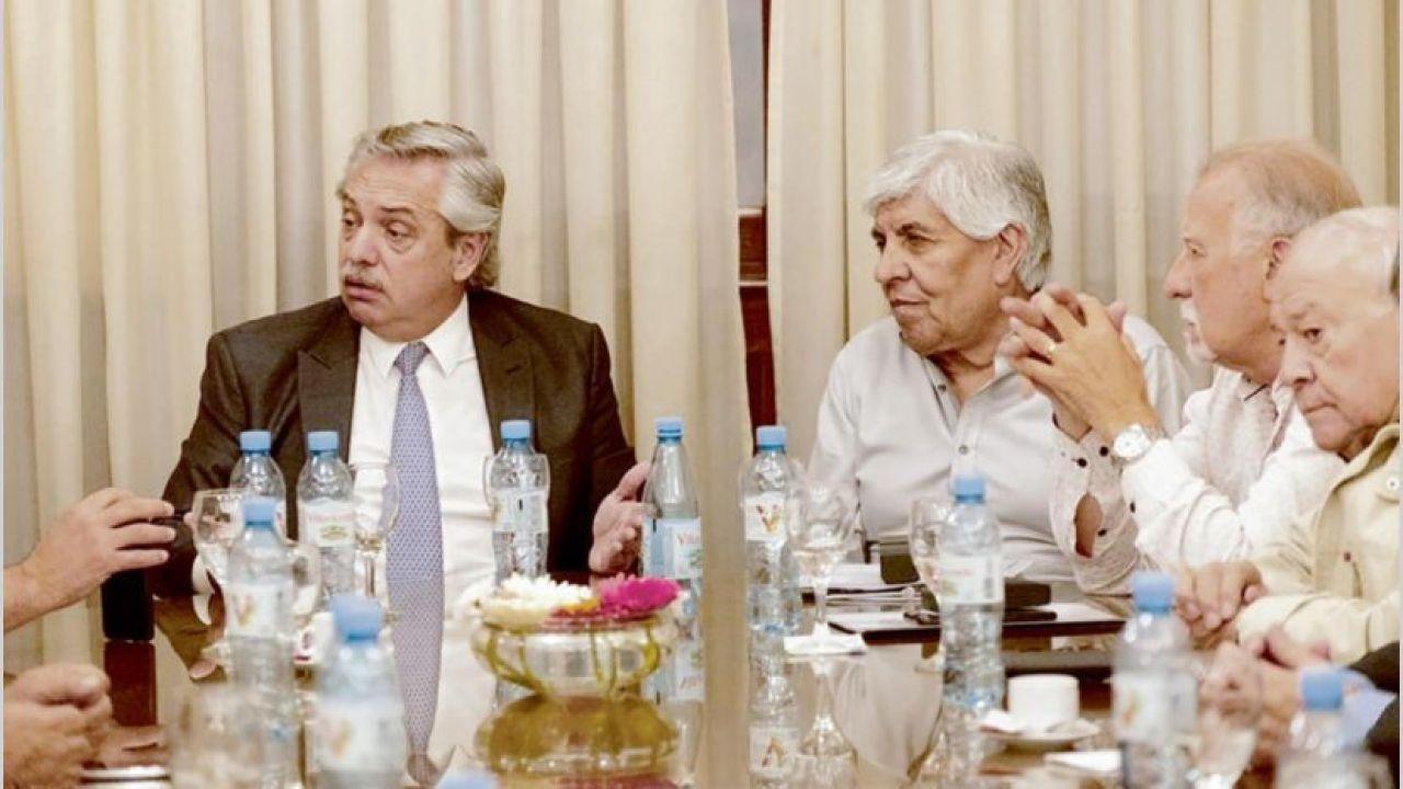 Hugo Moyano, Omar Plaini y Alberto Fernández. | Foto:Cedoc