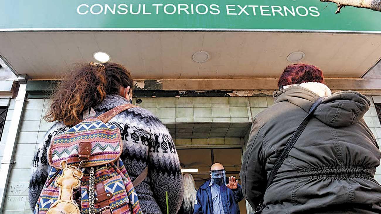 Denuncia. En el Hospital Moyano, las pacientes quedaron aisladas de sus familias al no tener WiFi.