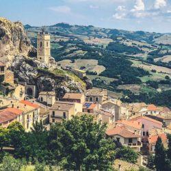 En la región italiana de Molise, el pueblo San Giovanni in Galdo ofrece vacaciones gratis como fórmula para atraer a los viajeros y hacerse conocido.