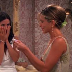 6 peinados y cortes de los años 90 que usó Jennifer Aniston en Friends y son tendencia