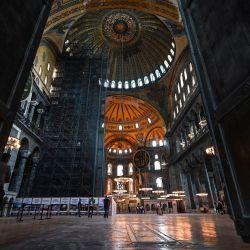 La nave principal de Hagia Sophia se ve a través de    Foto:Ozan Kose / AFP