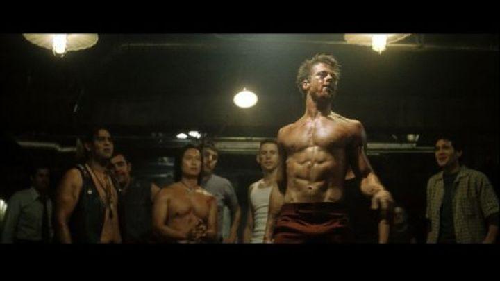 La exigente rutina física que realizó Brad Pitt para su rol más picante en el cine